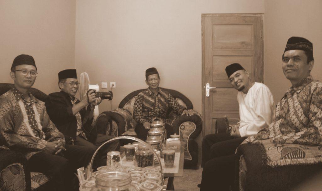 Pengurus DPD LDII bersama Ketua Pimpinan Daerah Muhammadiyah Kab. Sleman